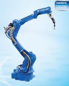 Robot Motoman typ MA2010 je již 3. generací svařovacích robotů sdutou paží.
